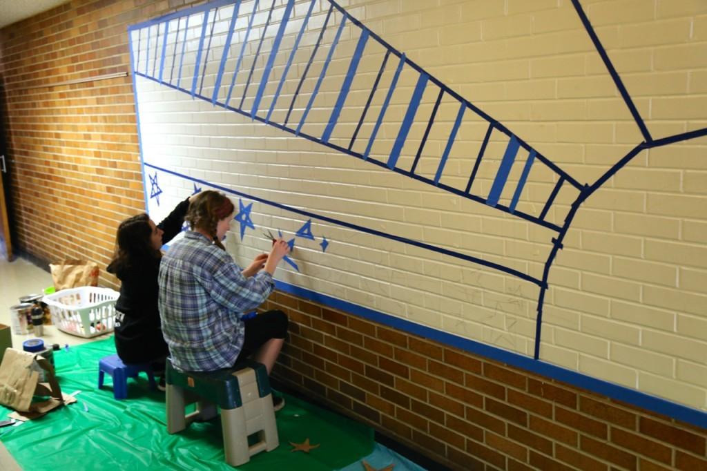taping mural