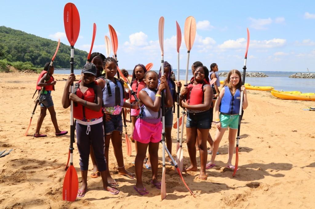 girls ready to kayak